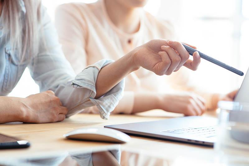 happy-duck-web-contact-automatique-automation-tranformez-acheteurs-rgdp-blog-emailing-email-sms-promotion-parainnage-multicanal